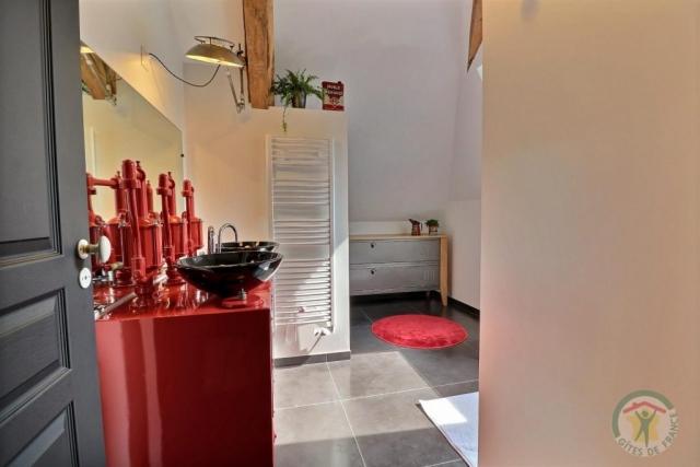 Gîte au bois charmant (2eme Salle de bain étage)